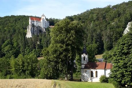Burg Prunn und Kapelle St. Bartholomä in Riedenburg