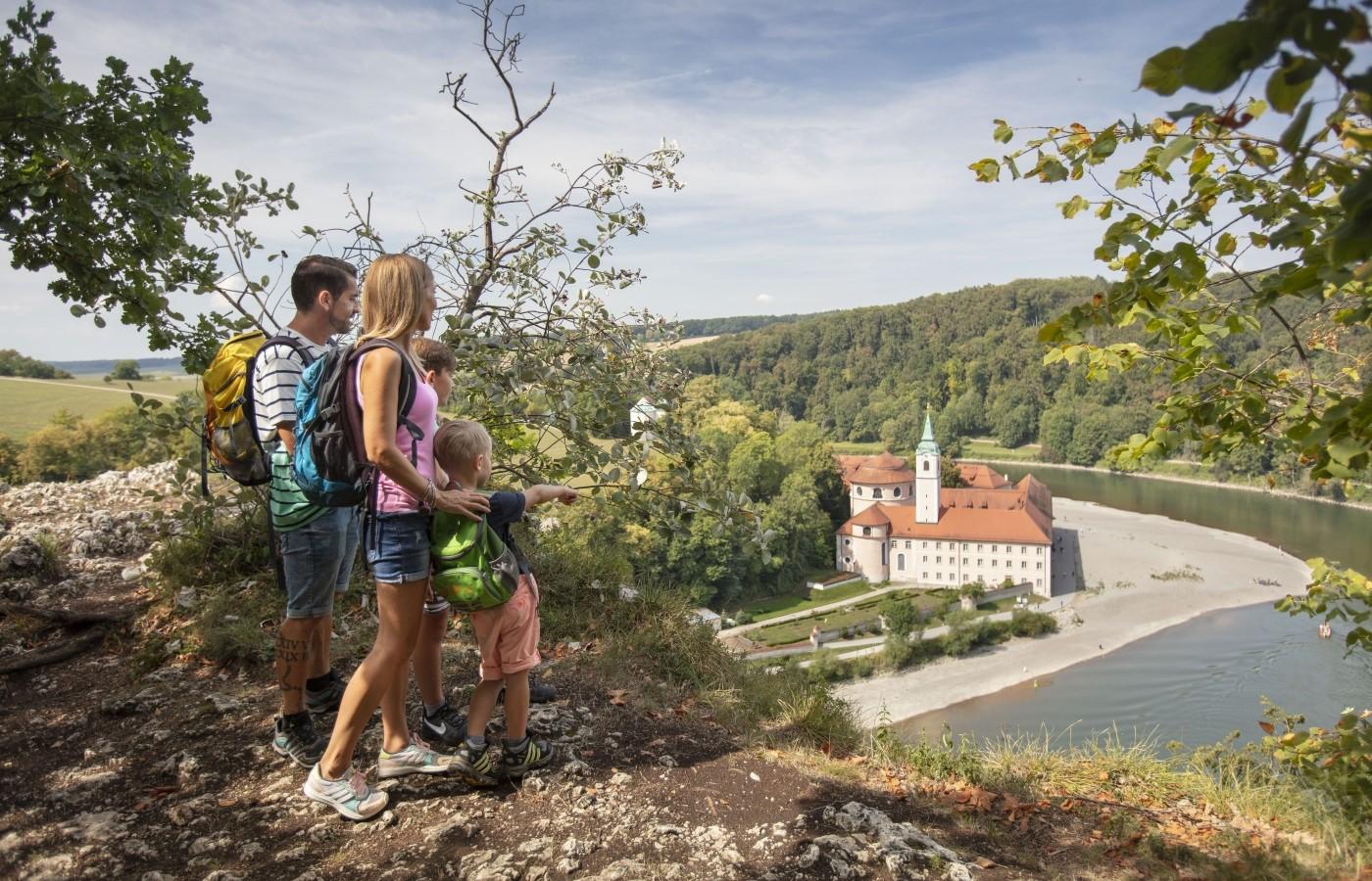Wanderung zum Kloster Weltenburg im Altmühltal