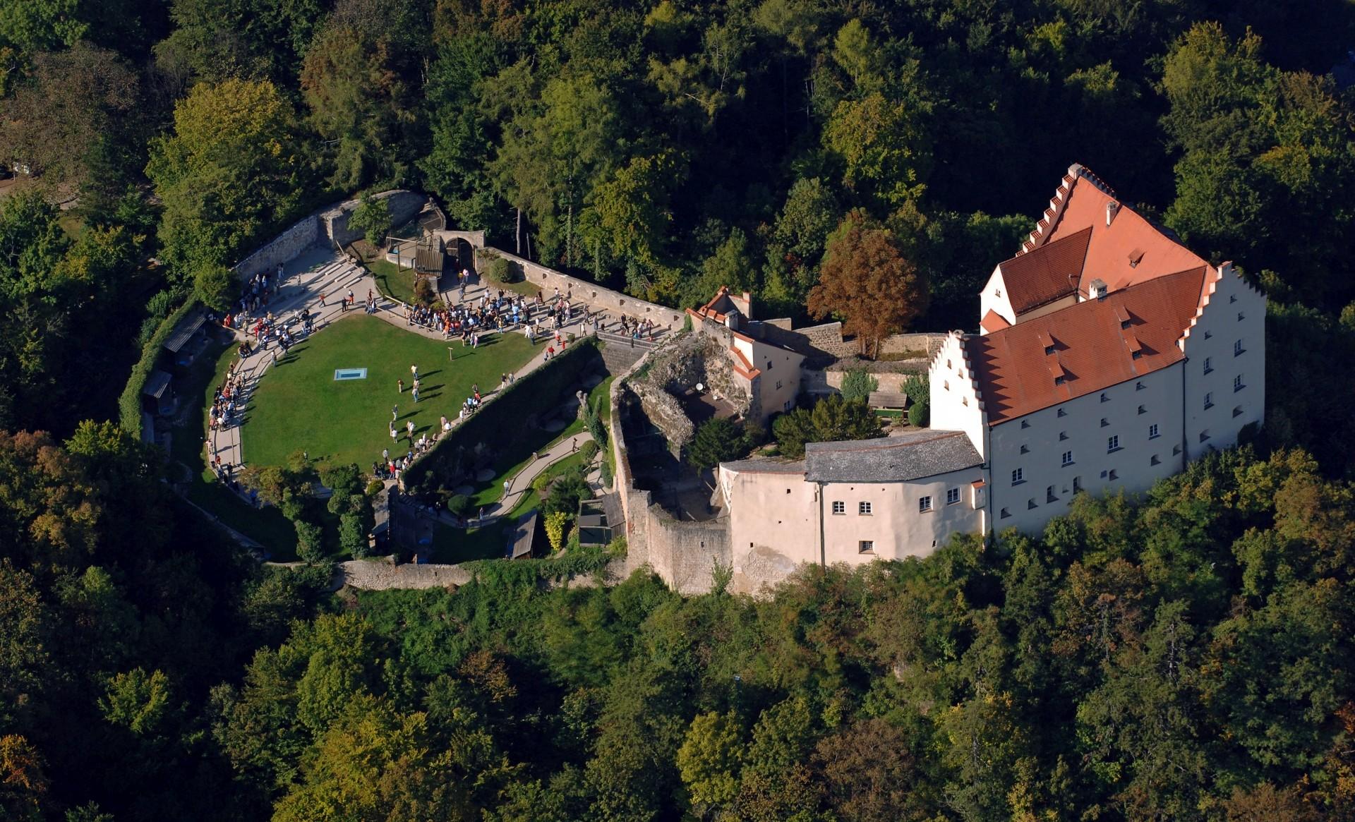 Rosenburg mit Falknerei in Riedenburg im Altmühltal