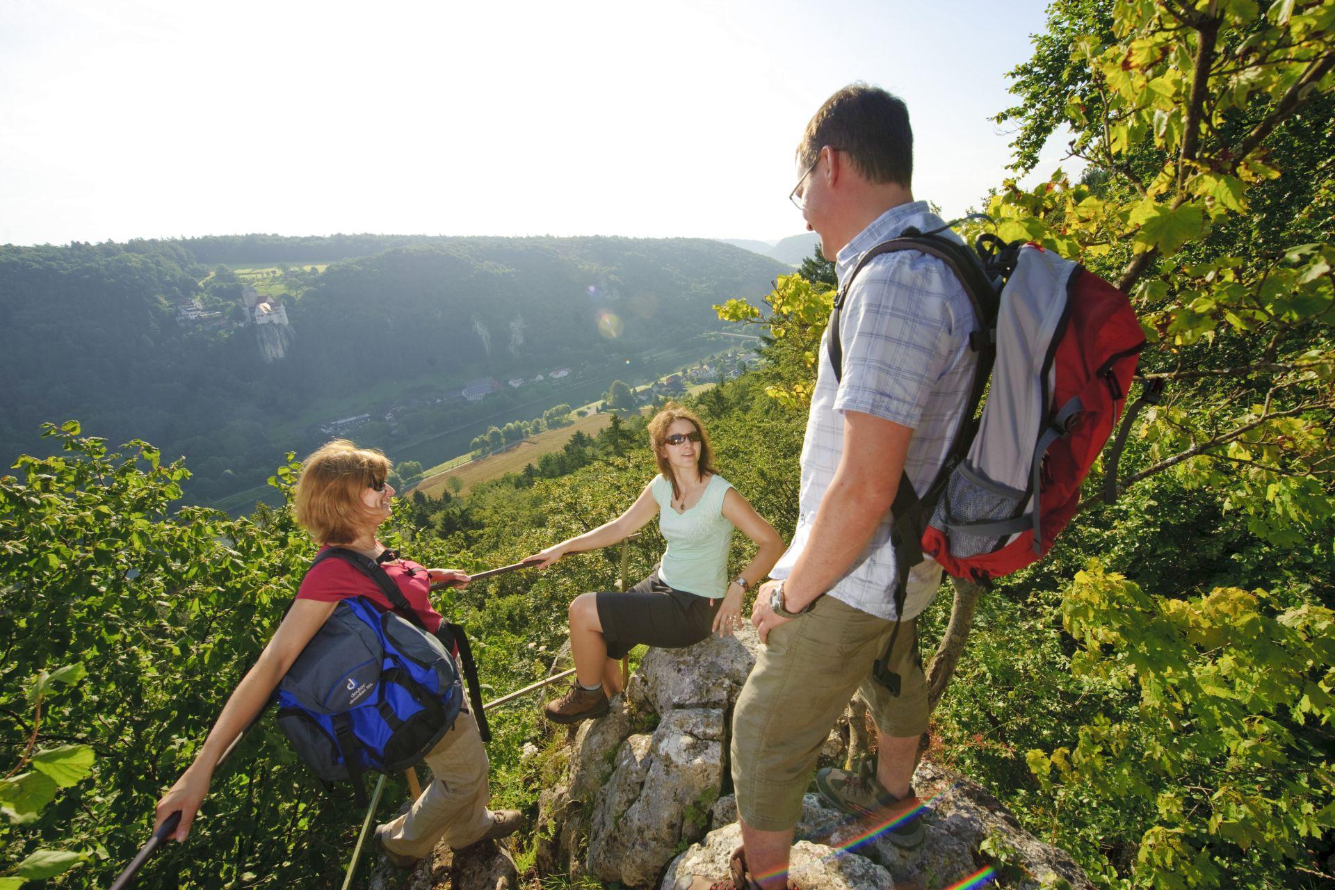 Wanderung durch die Klamm zur Burg Prunn bei Riedenburg