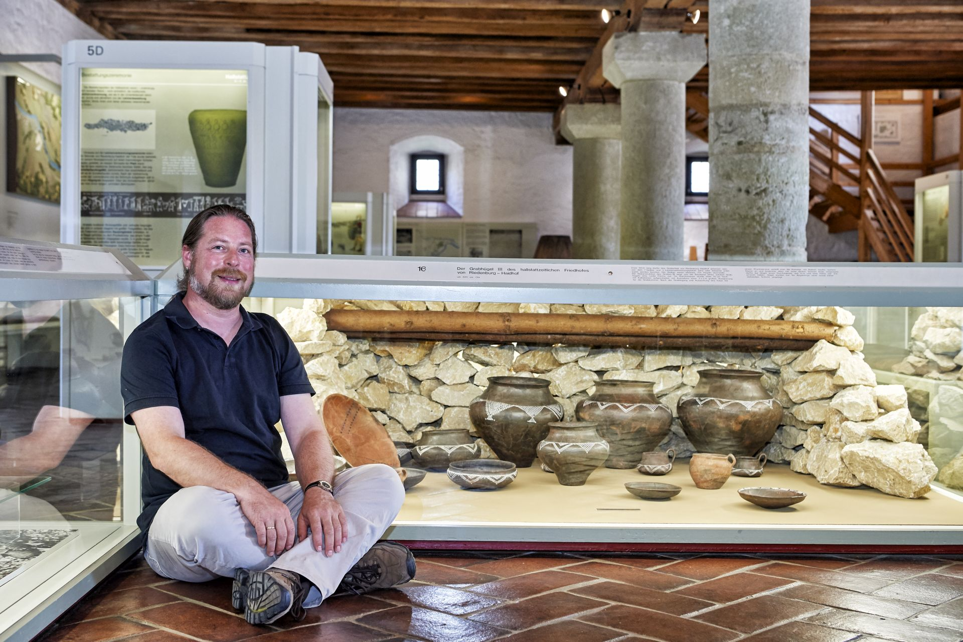 Dr. Bernd Sorcan vom Archäologischen Museum Kelheim