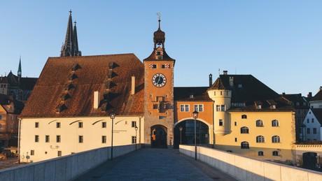 UNESCO-Welterbestadt Regensburg mit Steinerner Brücke