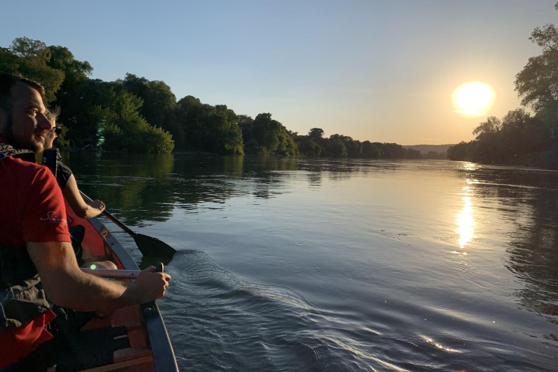 Romantische Kanu-Abendfahrt auf der Donau bei Bad Abbach