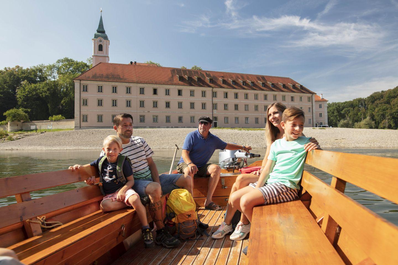 Eine Zillenfahrt am Kloster Weltenburg