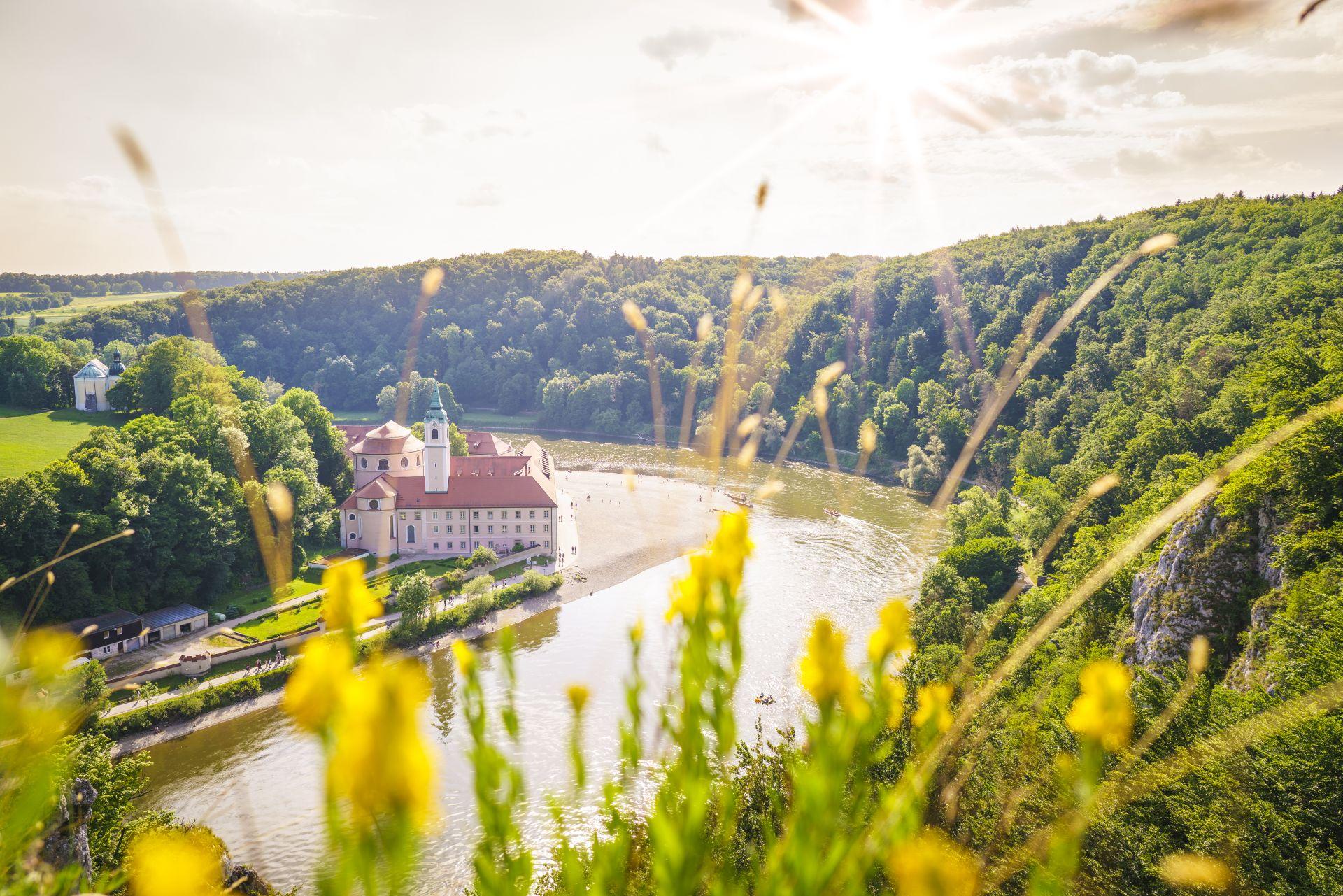 Aussicht auf Kloster Weltenburg bei Kelheim
