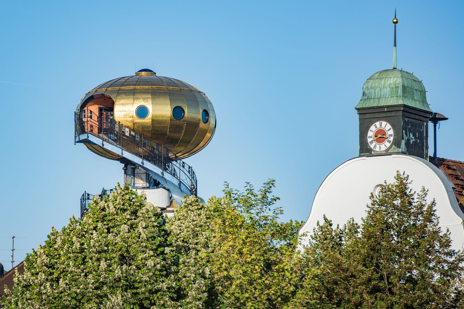 Abensberg mit Kuppel Kuchlbauer Turm